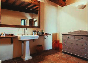 rosieretreats_tuscany_room2